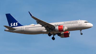 LN-RGN - Airbus A320-251N - Scandinavian Airlines (SAS)