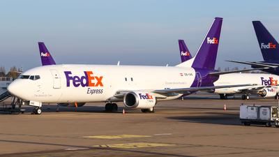 OE-IAE - Boeing 737-4Q8(SF) - FedEx (ASL Airlines)