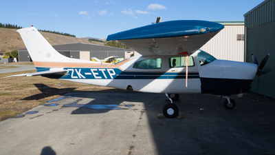 ZK-ETP - Cessna T210N Turbo Centurion II - Private