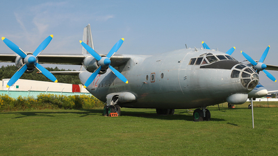 12 - Antonov An-12B - Soviet Union - Air Force
