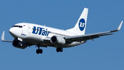 A picture of VQBPS - Boeing 737524 - [28909] - © Klavs Nielsen