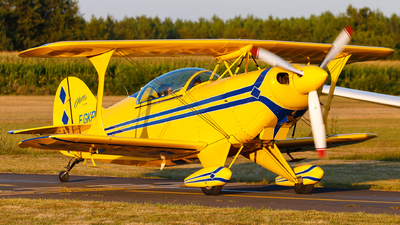 F-GKPR - Pitts S-2B Special - Private
