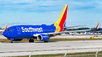 N423WN - Boeing 737-7H4 - Southwest Airlines