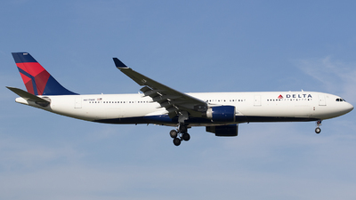 N817NW - Airbus A330-323 - Delta Air Lines