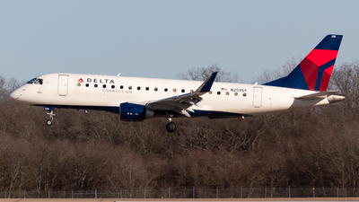 A picture of N259SY - Embraer E175LR - Delta Air Lines - © Saul Hannibal