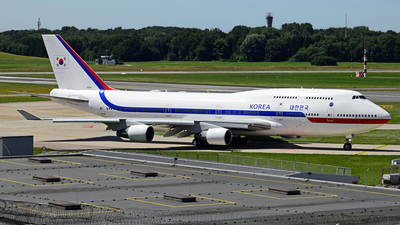 10001 - Boeing 747-4B5 - South Korea - Air Force