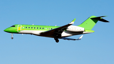 P4-GMS - Bombardier BD-700-1A10 Global Express XRS - Premier Avia