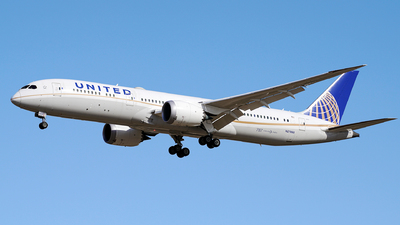 A picture of N27958 - Boeing 7879 Dreamliner - United Airlines - © iceland2000