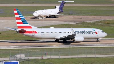 A picture of N854NN - Boeing 737823 - American Airlines - © Michael Sender