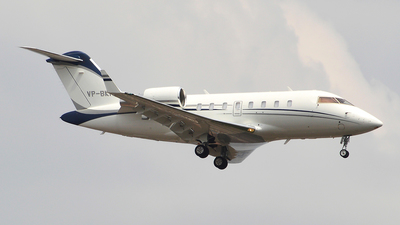 VP-BKM - Bombardier CL-600-2B16 Challenger 605 - Private