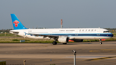 A picture of B6685 - Airbus A321211 - China Southern Airlines - © PENCIL202_