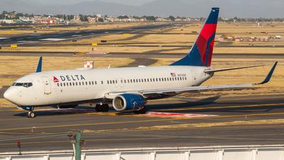 A picture of N3746H - Boeing 737832 - Delta Air Lines - © Ricardo Mungarro