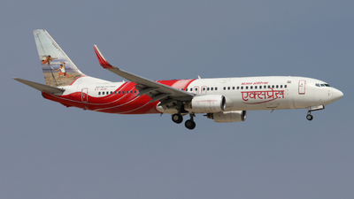 VT-AXR - Boeing 737-8HG - Air India Express