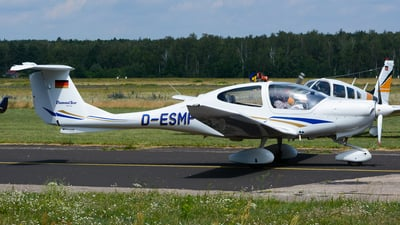 D-ESMF - Diamond DA-40 Diamond Star - Private