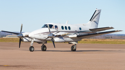 A picture of CFSXG - Beech C90A King Air - Canlink Aviation - © Tim Lowe