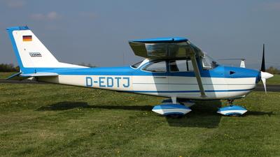 A picture of DEDTJ - Cessna F172H - [F1720474] - © Daniel Schwinn