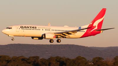 VH-VZS - Boeing 737-838 - Qantas