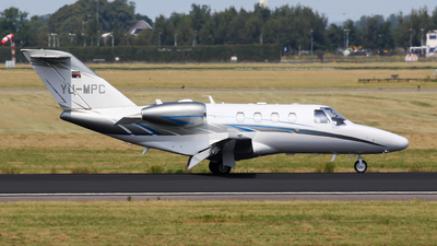 A picture of YUMPC - Cessna 525 Citation M2 - [5250911] - © C. v. Grinsven