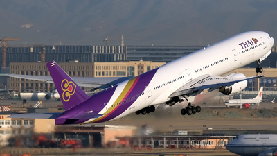 HS-TKA - Boeing 777-3D7 - Thai Airways International