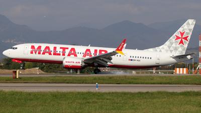 A picture of 9HVUC - Boeing 737 MAX 8200 - Malta Air - © Alberto Cucini