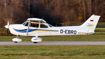 A picture of DEBRO - Cessna 172S - [172S8175] - © Oliver Richter