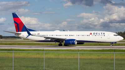 N909DN - Boeing 737-932ER - Delta Air Lines