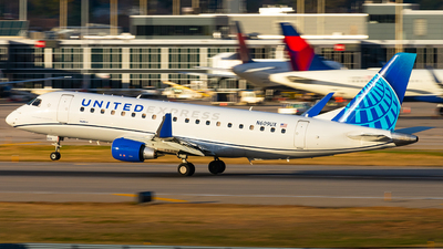N609UX - Embraer 170-200LL - United Express (SkyWest Airlines)