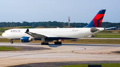A picture of N823NW - Airbus A330302 - Delta Air Lines - © Ksavspotter