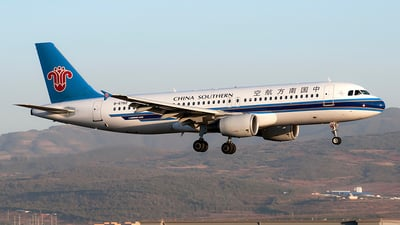 B-6782 - Airbus A320-214 - China Southern Airlines