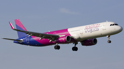 A picture of HALXL - Airbus A321231 - Wizz Air - © Rafal Pruszkowski