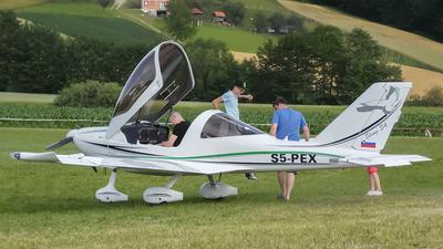 S5-PEX - TL-Ultralight TL-2000 Sting S4-RG - Private