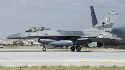 83703 - General Dynamics F-16A Fighting Falcon - Pakistan - Air Force