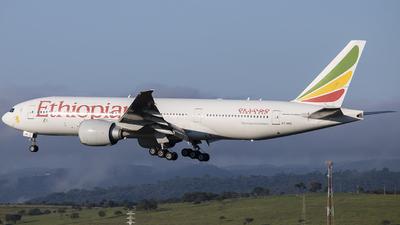 A picture of ETANQ - Boeing 777260(LR) - Ethiopian Airlines - © gabriel_aqa