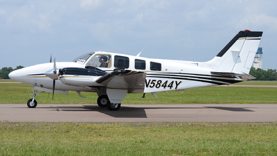 N5844Y - Beechcraft 58 Baron - Private