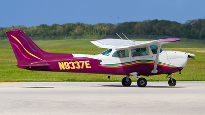 N9337E - Cessna 172N Skyhawk - Private