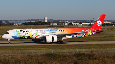 F-WZFK - Airbus A350-941 - Sichuan Airlines