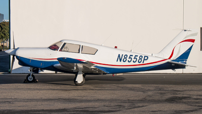 N8558P - Piper PA-24-260 Comanche - Private