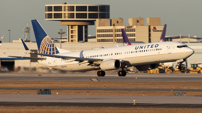 A picture of N36472 - Boeing 737924(ER) - United Airlines - © Yixin Chen