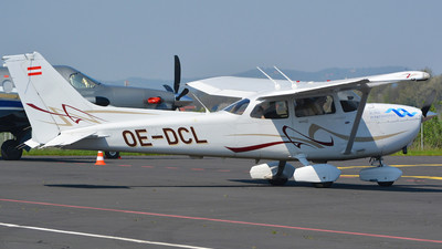 OE-DCL - Cessna 172 Skyhawk - Private