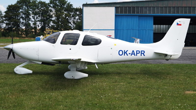 OK-APR - Cirrus SR20 - Bemoair