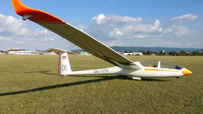 OE-5711 - Glaser-Dirks DG-500 Orion - Private