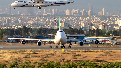 EP-MNB - Boeing 747-422 - Mahan Air
