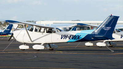 A picture of VHEWX - Cessna 172S Skyhawk SP - [172S10243] - © George Canciani