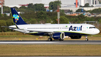 A picture of PRYRC - Airbus A320251N - Azul Linhas Aereas - © RENAN FRANCISCO