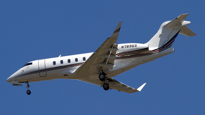 N789QS - Bombardier BD-100-1A10 Challenger 350 - NetJets Aviation