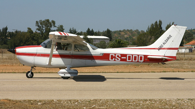 CS-DDQ - Reims-Cessna F172N Skyhawk II - Private