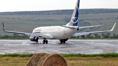 YR-BGS - Boeing 737-8GJ - Tarom - Romanian Air Transport