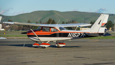 A picture of N1627F - Cessna 172H Skyhawk - [17255022] - © Taylor Kim