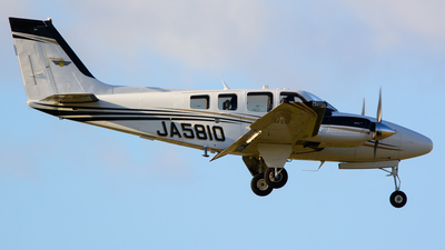 A picture of JA5810 - Beech G58 Baron - [TH2310] - © Shohei Yamada
