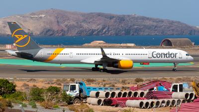 A picture of DABOA - Boeing 757330 - Condor - © Pablo Gonzalez de Leon